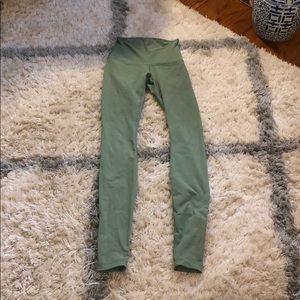 Full length wonder under lululemon leggings